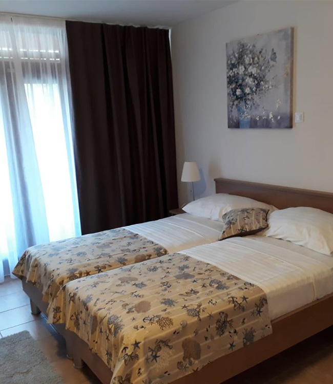 hotel-albamaris-room